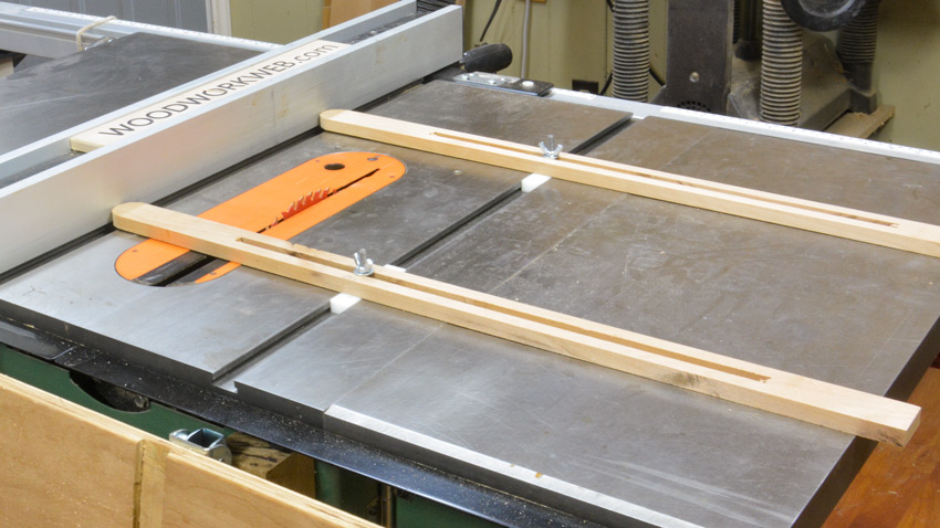 Variable Table Saw Fence Alignment Jig