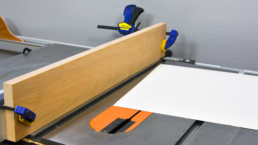 Cutting Thin Materials on a Table Saw