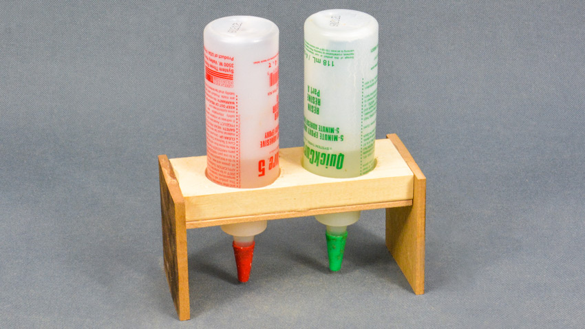 Inverted Glue Stand for Epoxy Glues