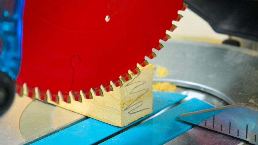 Mitre Saw Fine Cutting