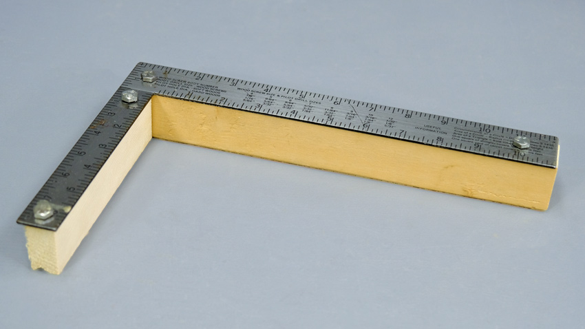 Wood Square Mount